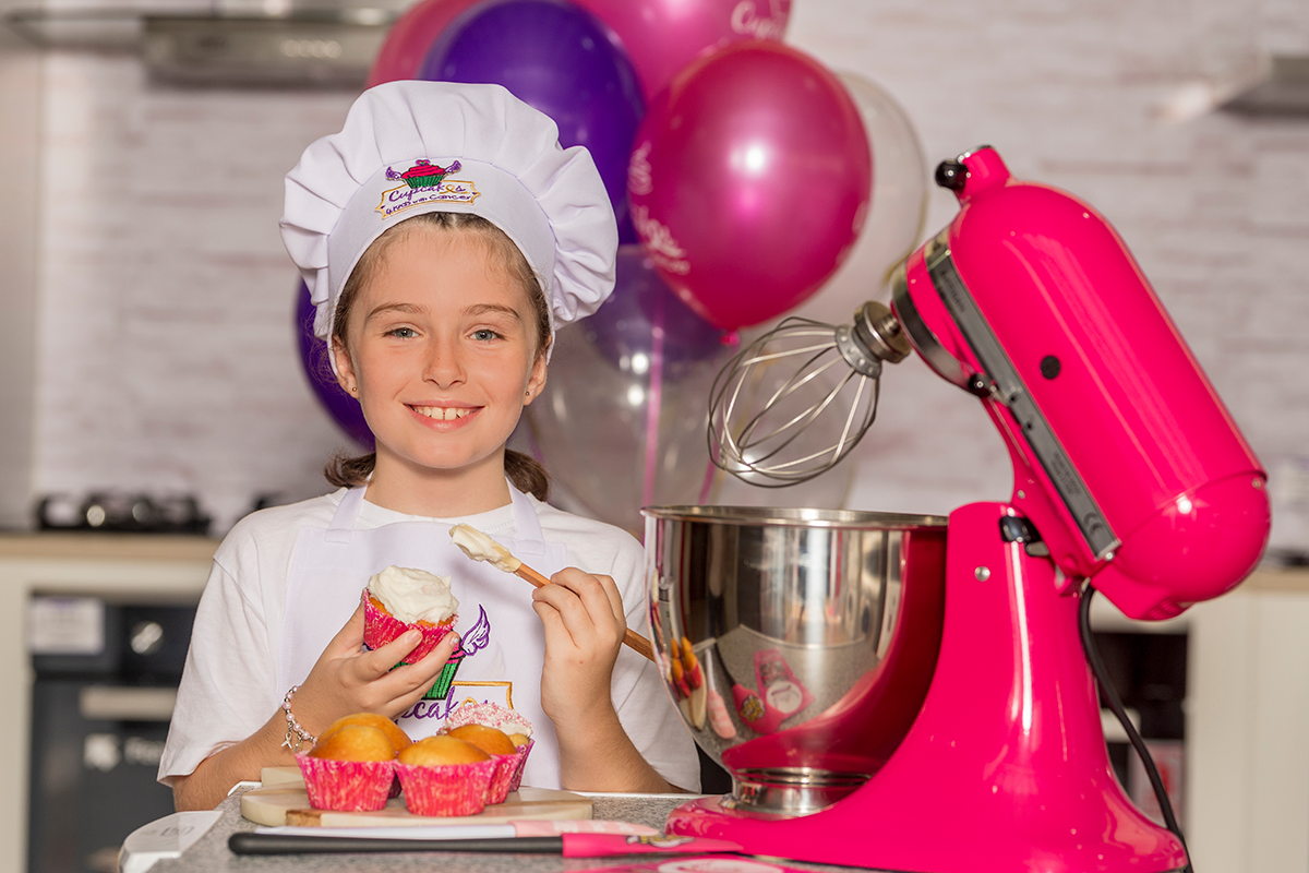 8 Year Old Girl Challenges People To Bake A Difference